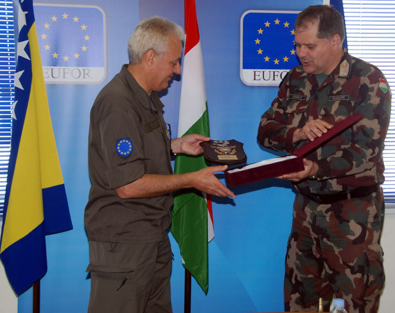 EUFOR has a New Deputy Commander :: honvedelem hu