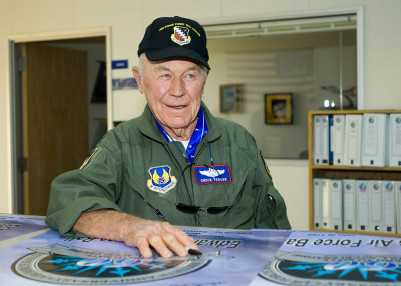 Chuck_Yeager_5